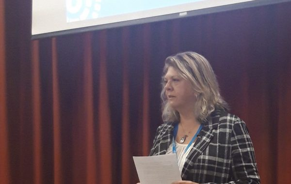 Patient volunteer Sue Watkins speaking at the British Pain Society Conference 2019